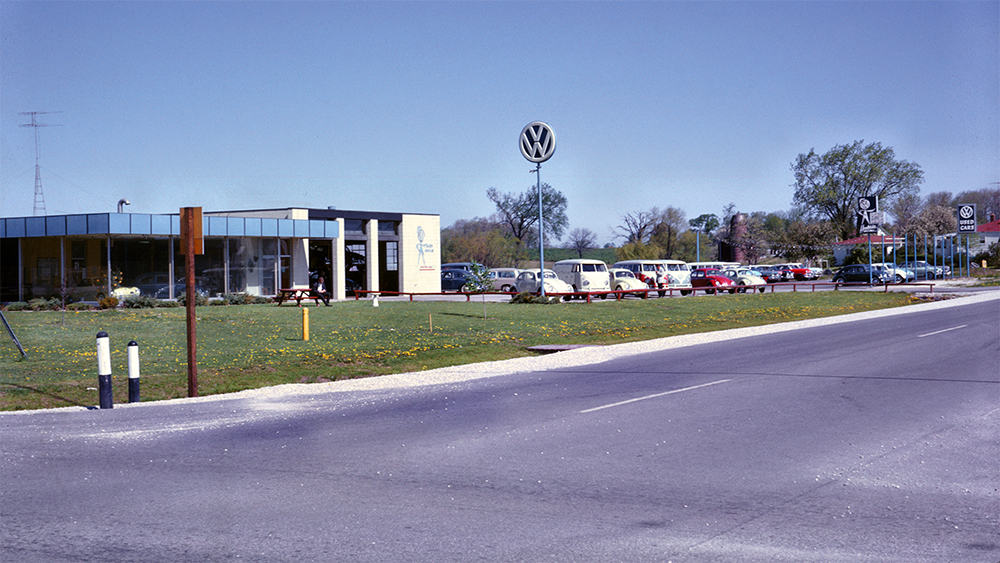 dealershipstreetview-small.jpg