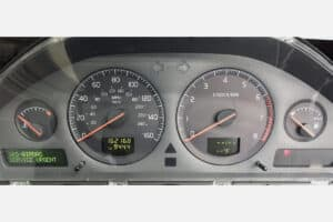 powered on view of a 2002-2004 Volvo Instrument Cluster