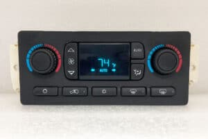 2003-2006 GMC Chevy Automatic Climate Control powered on