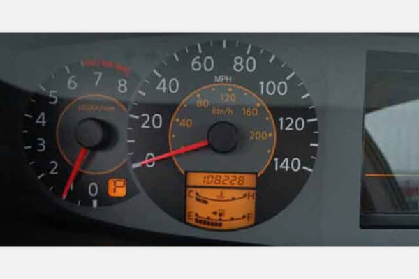 powered on 2004-2006 Nissan Quest Instrument Cluster