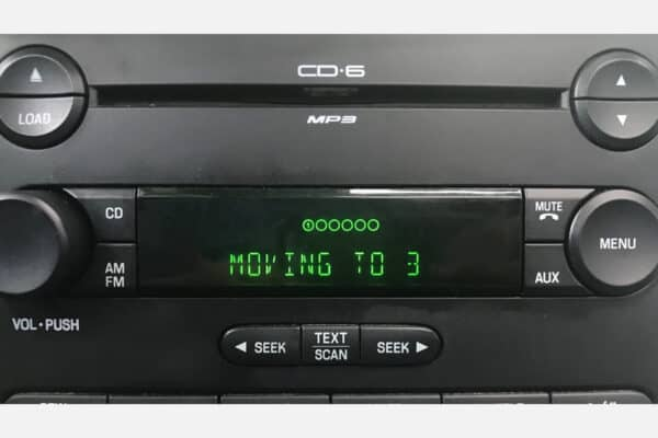 2004-2010 Ford, Mercury Radio Display powered on