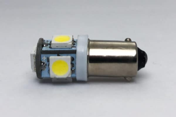 side view of TAE BA9S LED