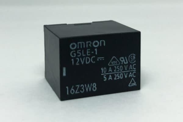 front view of Omron G5LE – Ford LCM, Light Control Module Relay