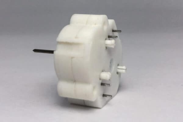 Side View of 2004 – 2010 Ford Front Mount Stepper Motor