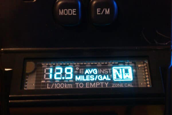 Ford & Toyota Overhead Compass Console powered on