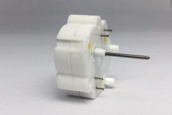 Side View of 2004 – 2012 Ford Rear Mount Stepper Motor