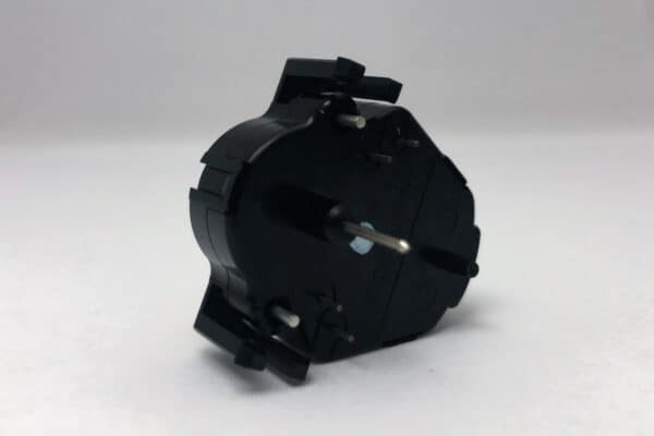 Front view of 2003 – 2013 Toyota 6S Stepper Motor