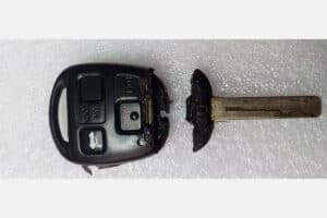 Toyota & Lexus Keyfob before repair kit