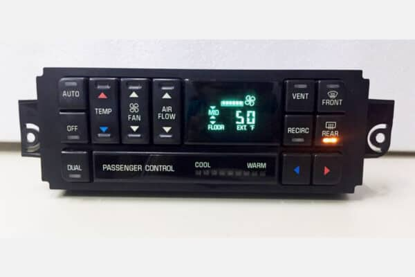 1997-2004 Buick Regal, Century Digital Climate Control powered on