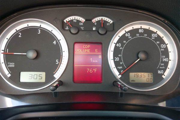 volume display on the 1999-2005 Volkswagen Jetta, Golf, Bora Instrument Cluster