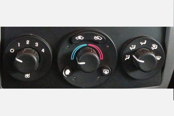 2004 - 2008 Chevy Malibu 6th Gen Climate Control Blacklighting Repair
