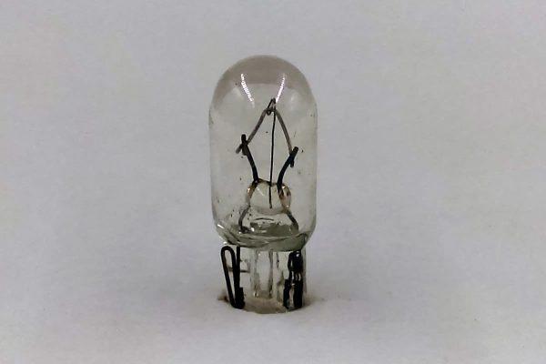 TAE 74 / 37 14V 1.4W Automotive Bulb